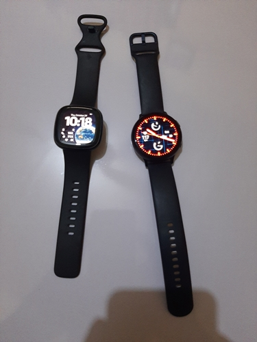 active 2 vs versa 3 - appearance and design
